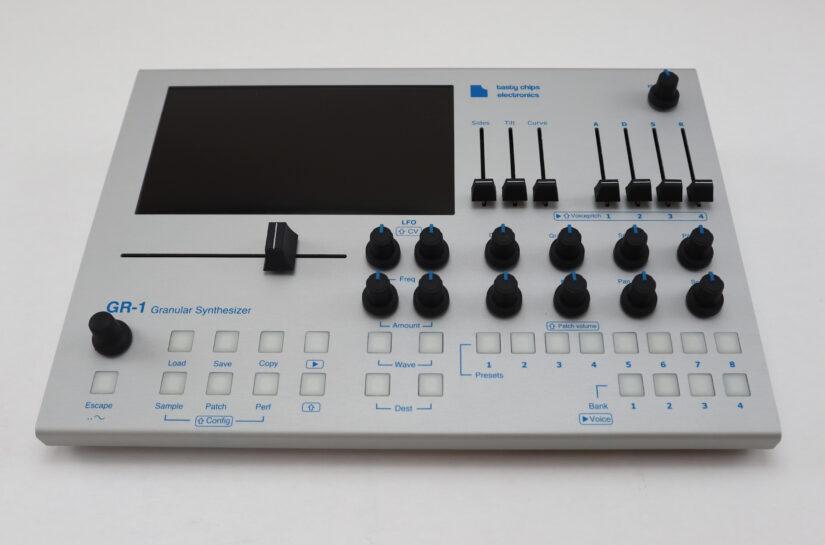 GR-1 Granular synthesizer (B-stock)